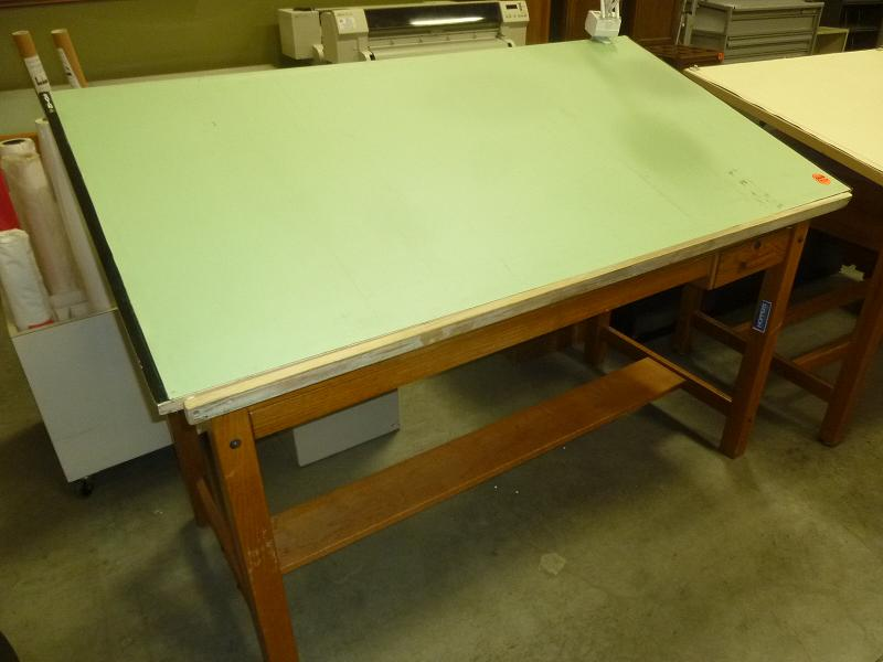 Merveilleux ... This Mayline Oak Four Post Drafting Table Is An EXCELLENT VALUE. List  Price At Over $2600.00, This Table Has A Large Center Plan Drawer And A  Tool ...